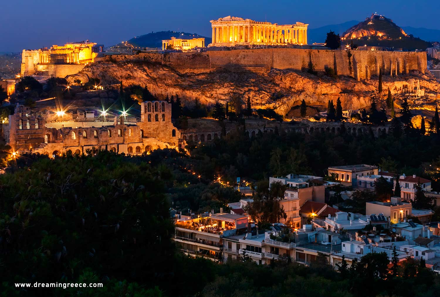 Travel Guide of Athens. Acropolis of Athens. Discover Greece