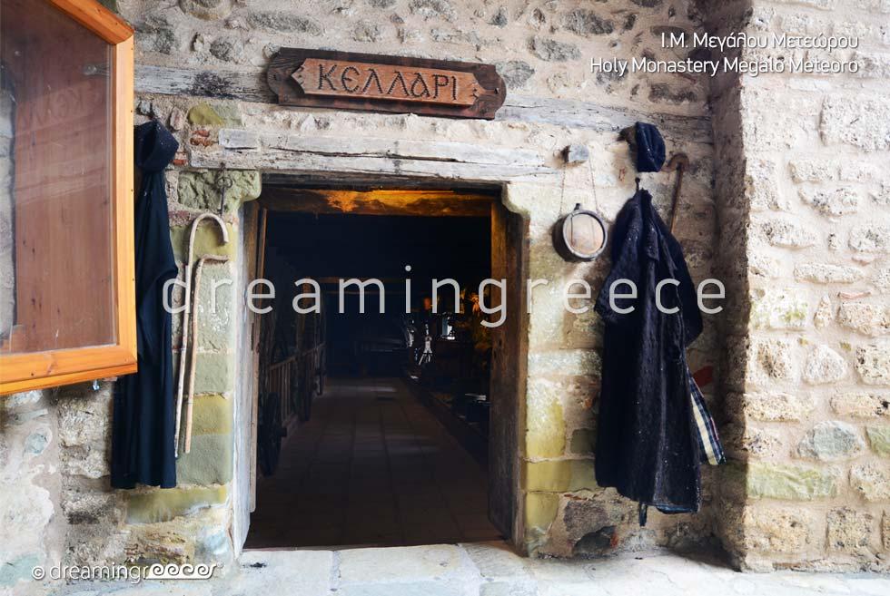 Visit Greece. Meteora Travel Guide of Greece